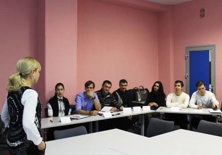 Специалисты молодежного (перспективного) резерва управленческих кадров Астраханской области прошли  тренинг эффективных коммуникаций