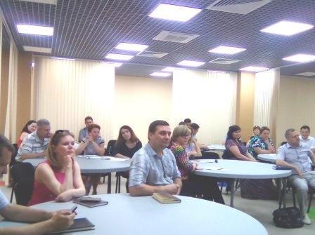 Специалисты резерва управленческих кадров Астраханской области проходят курсы повышения квалификации «Лидерство и руководство в условиях изменений в организационной среде»